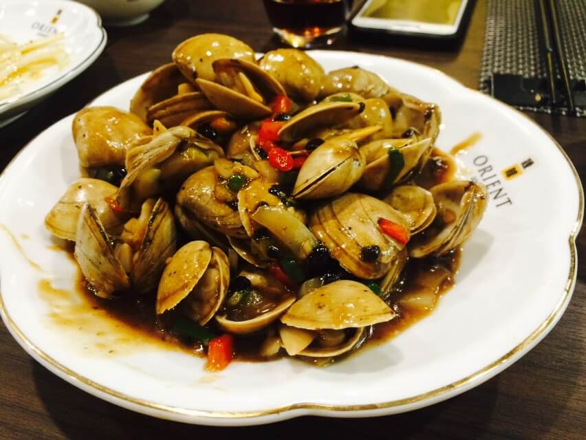 Clams in Black Bean Sauce - Side View