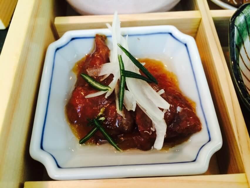 Pan Seared Kobe with Rosemary & White Onion in Sukiyaki Sauce