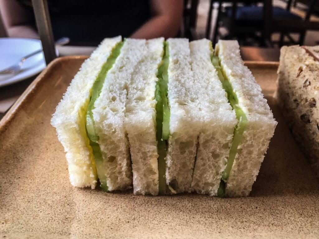 finger-sandwichs-1